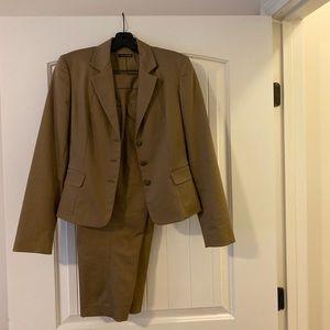 Tahari Capri suit